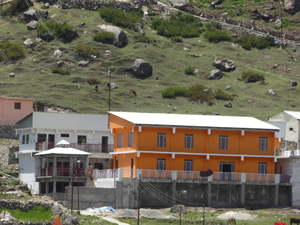 Badrinath ashram - May 27, 2017 - 1 (click image to enlarge)